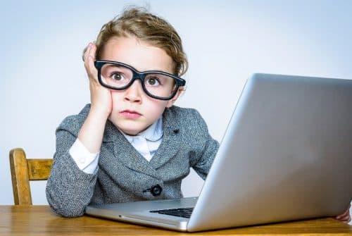 Conseiller les enfants sur l'utilisation des réseaux sociaux
